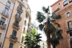 Cake + Whisky   Barcelona buildings sightseing