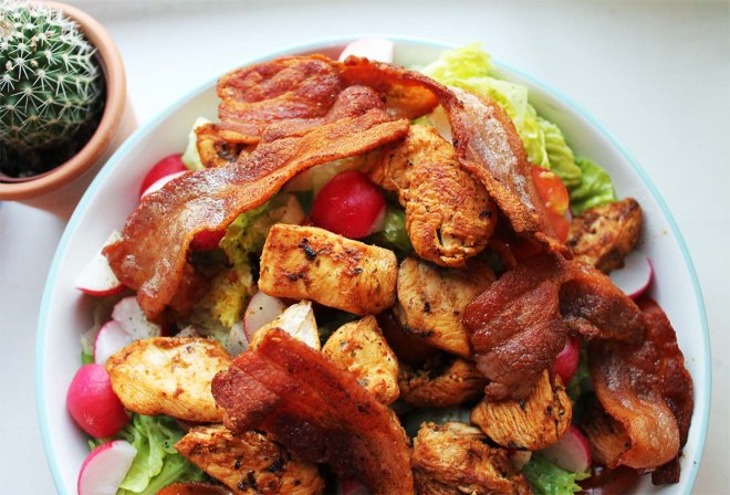 Cake + Whisky | 5 lunchbox ideas | bacon & Chicken salad