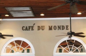 Cake + Whisky   Travel Guide to New Orleans   Café du Monde