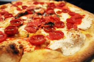 NYC City Guide | Grimaldi's pizza Brooklyn | Cake + Whisky