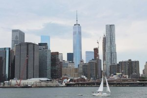 NYC City Guide | East River Ferry cruise| Cake + Whisky