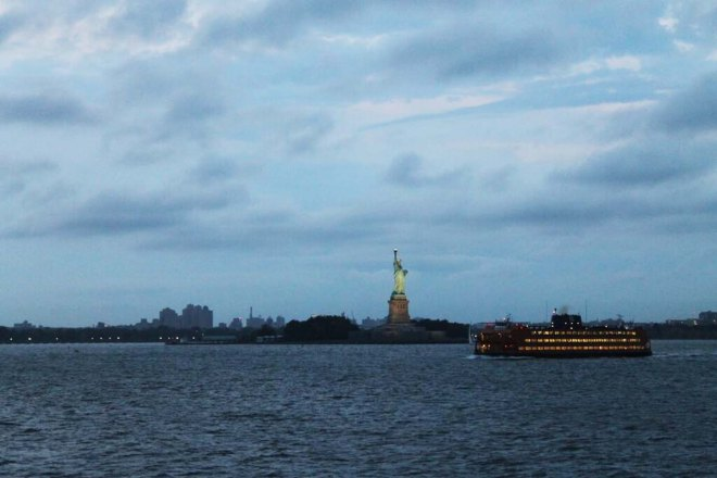 NYC City Guide | Staten Island Ferry & The Statue of Liberty | Cake + Whisky