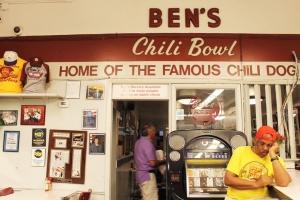 Cake + Whisky | Dinner at Ben's Chili Bowl Washington DC