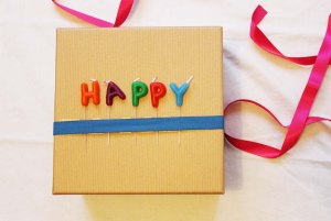 How to wrap birthday presents   3 DIY ideas   Cake + Whisky