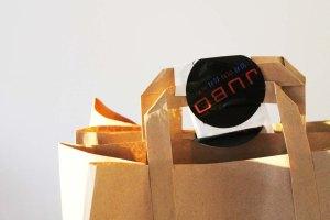 #YelpBigNightIn | Food from Jubo via Deliveroo | Cake + Whisky