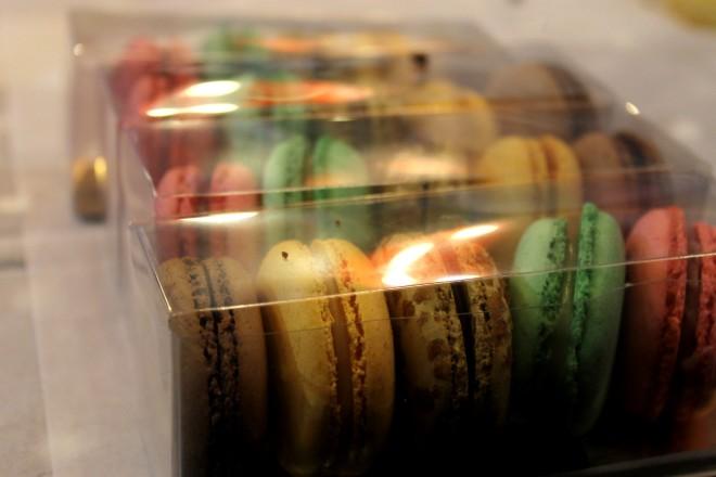 Macarons | Cake + Whisky