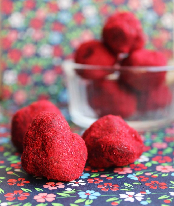 Raspberry chocolate truffles | Cake + Whisky