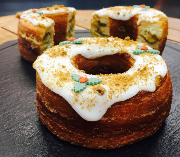 7 mince pies having an identity crisis | Rinkoff's Mince Pie Cronut