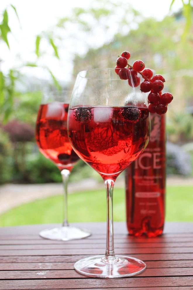Raspberry Wine Spritzer | Cake + Whisky