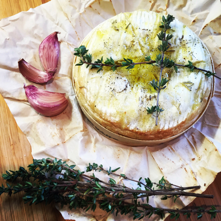 Baked Camembert recipe from Binny's Kitchen