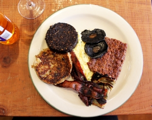 Scottish brunch at Mac and Wild | Cake + Whisky
