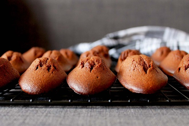 Chocolate Madeleines | Cake + Whisky