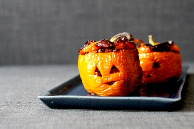 Vegetarian Stuffed Peppers (+vegan version!)