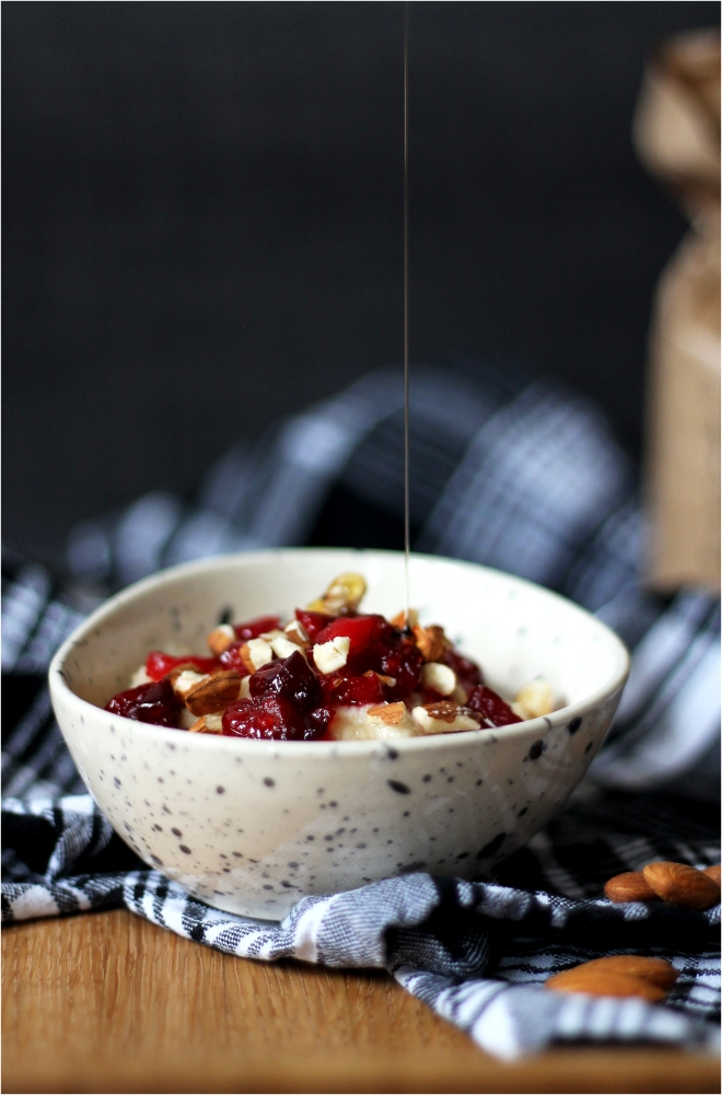 Cranberry Bakewell Porridge (healthy, vegan) | Cake + Whisky