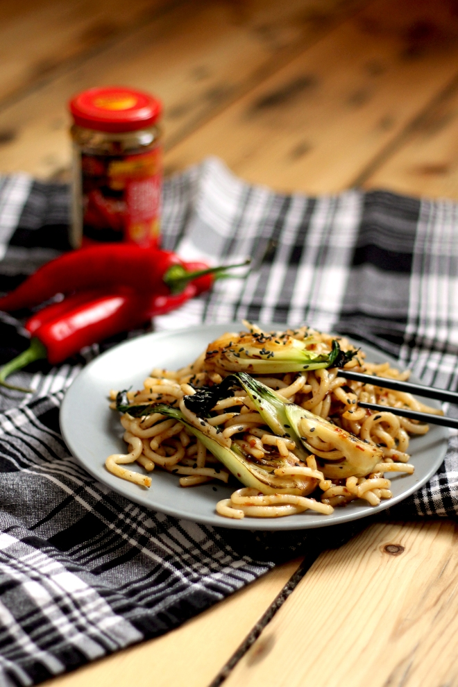 Spicy Xi'an Style Noodles (vegan) • Recipe • Cake + Whisky