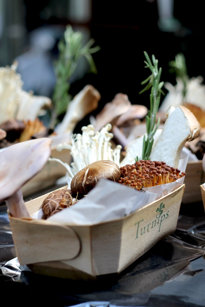 10 Farmers' Market Tips • Cake + Whisky