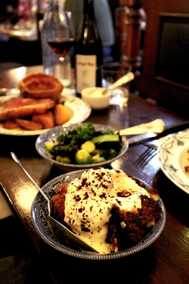 Sunday Roast at The Quality Chop House ● London restaurant review ● Cake + Whisky