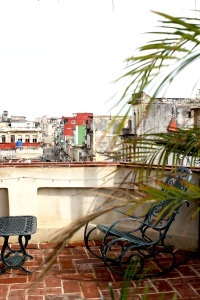 A day in Havana ● Save & Splurge itinerary to see the best of Cuba's capital ● Cake + Whisky